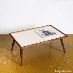 Vintage: Bandeja con patas de estilo escandinavo. Madera de teca y fórmica. Francia años 60 - Foto 3 - 75188795
