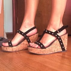 NEW wedges Studs. Never worn. 4 inches tall light easy to walk in Shoes