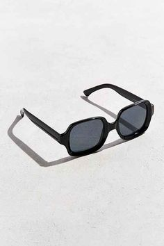 Giftry - The social wish list that helps you get (or give) the gifts you actually want. Urban Outfitters Sunglasses, Eyewear, Gifts, Style, Fashion, Swag, Moda, Eyeglasses, Presents