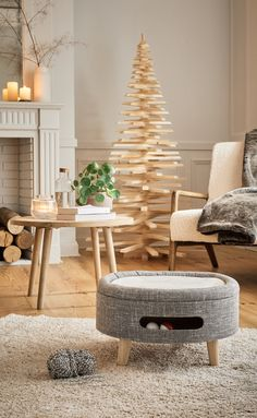 Blog Deco, Home Staging, Table Decorations, Furniture, Home Decor, Deco Salon, White Washed Wood, Decoration Home, Room Decor