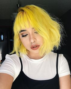 New Ideas Hair Color Pastel Yellow Yellow Hair Color, Vivid Hair Color, Pastel Hair Colors, Pastel Yellow, Ombre Blond, Ombre Hair, Hair Caramel, Pelo Multicolor, Hair Colors