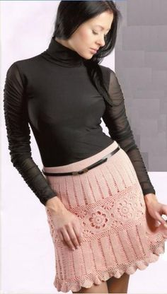 розовая вязаная мини юбочка крючком с ажурным узором