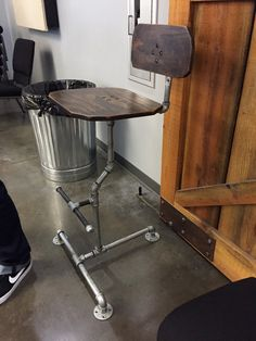 Handmade in the USA industrial pipe barstool by DardiBuilt on Etsy Industrial Chair, Industrial Shelving, Industrial Pipe, Industrial Style, Diy Bar Stools, Home Projects, Diy Projects To Try, Diy Pipe, Loft Furniture