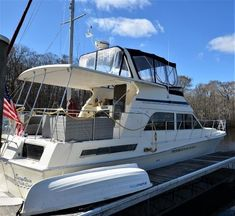 Yacht For Sale, Boats For Sale, Chris Craft Boats, Bottom Paint, Boat Dealer, Double Bowl Sink, Navigation Lights, Stainless Steel Bowl, Electric Stove