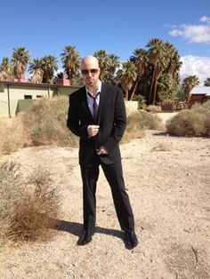 chris daughtry cause every girls crazy bout a sharp dressed man!!!