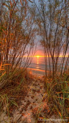Sunset at Lake Michigan - title Pathway to Paradise - photographer Ken Scott Beautiful Sunset, Beautiful World, Beautiful Places, Pretty Pictures, Cool Photos, Landscape Photography, Nature Photography, Photos Voyages, Exotic Places