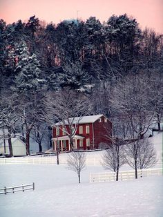 Winter at the Bob Evans Homestead! Dayton Ohio, Columbus Ohio, Oh The Places You'll Go, Places Ive Been, Winter Beauty, Winter Scenes, Winter Time, State University, Flakes