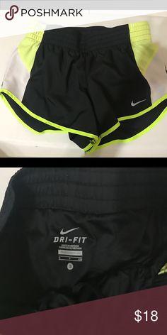 Nike shorts Size small Nike Shorts