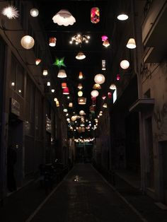Eco Monday: Recycled Lamps Light Up Greek City Street