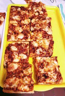 Viki Egyszerű Konyhája: Pizza bolonai szósszal Bologna, Zucchini, Pizza, Vegetables, Food, Essen, Vegetable Recipes, Meals, Yemek