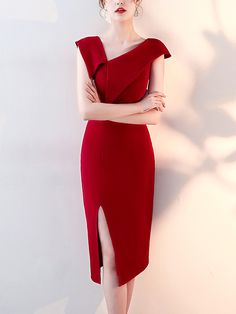 Shop - Wine Red Asymmetrical Trim Midi Dress on Metisu.com. Discover stylish and vogue women's dresses for the season. Regular discounts up to 60% off.