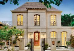 Facade House Traditional Driveways