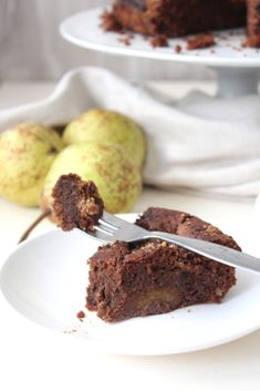 This cake just sounded delicious, who doesn't love a bit of chocolate and hazelnuts? I just thought of Nutella straight away and I love Nutella. The addition of the pear, is one of your five a day right? Well, I class it is! Gluten Free Cakes, Gluten Free Recipes, My Recipes, Five A Day, Pear Cake, Love Cake, Nutella, Free Food, Snacks