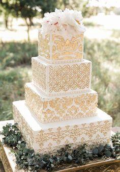 Сладкая геометрия: 36 квадратных свадебных тортов - The-wedding.ru