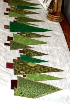 Evergreen tree runner