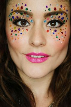 Most current Snap Shots Mascara carnaval Ideas , diy jewelry Makeup Carnaval, Carnival Makeup, Carnival Diy, Candy Makeup, Diy Makeup, Cute Clown Makeup, Halloween Face Makeup, Disfarces Halloween, Belly Dance Makeup