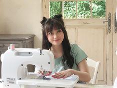 Cute Girls, Kawaii, Japanese, Actresses, Sewing, Hashimoto Kanna, Twitter, Random, Female Actresses
