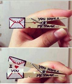 Esta mañana he pensado en dejarle una notita a Bruno. ¿Os gusta esta idea tan original? ¡Es muy romántico!