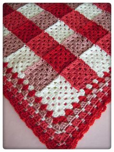 Betsy Makes ....: Crochet Gifts gingham plaid blanket