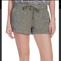 Joie Naia Fatigue Shorts New with tag/ never worn Joie Shorts