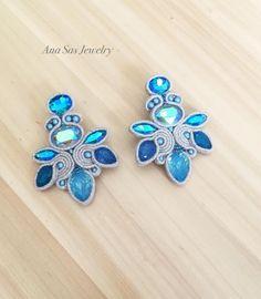 #handmade #handmadejewelry #handmadeearrings #soutache #fashion #fashionjewelry #orecchini #cercei #earings #pendientes #madeinromania…