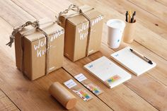 Provide your personnel, people, and users the popularity they can warrant! along with commercial their personal gifts. Corporate Id, Corporate Gifts, Box Packaging, Packaging Design, Kit, Gift Logo, Welcome To The Team, Book Design, Event Design