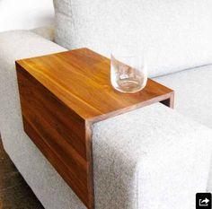 Table pour bras de divan