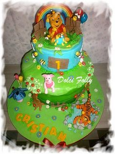 Whinnie the pooh cake