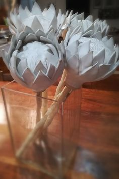 Decorative Ceramic Protea by Create Ceramics Flor Protea, Protea Flower, Ceramic Decor, Ceramic Pottery, Clay Flowers, Paper Flowers, Beginner Pottery, King Protea, Paper Crafts