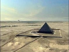 Destroyed Pyramid Found Buried in Egypt - Lost Ancient Civilizations Ancient Mysteries, Ancient Ruins, Ancient Art, Ancient Egypt, Ancient History, Paranormal, Ancient Civilizations, Egyptians, Great Pyramid Of Giza
