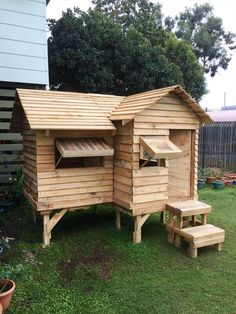 Pallet Cubby House | 101 Pallet Ideas
