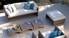 DeTerra Sofa197 cmvan Tribù is met zijn strakke en luchtige lijnen in iedere ruimte te plaatsen.Ideaal in combinatie met 1 van de andere mooie Terra Sofa banken, maar ook erg mooi op zichzelf. De Terra Sofacollectie van Tribù is gemaakt van het natuurlijkogende Canax® vlechtwerk. Canax® is de enige vezel die er niet uitziet als plastic. Dankzij de toevoeging van hennep aan de pvc, krijgen de meubels een verrassend natuurlijke en matte ...