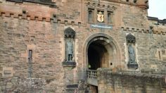 Entrance to the castle of Edinburgh