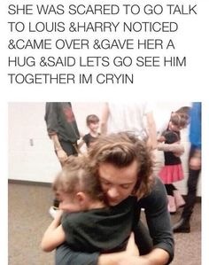 SO PRECIOUS ! I think Harry Styles would be an awesome dad one day ! So would all of the other members of One Direction ! One Direction Humor, One Direction Memes, One Direction Pictures, I Love One Direction, Harry Styles Memes, Harry Styles Photos, Desenhos One Direction, Love Of My Life, My Love