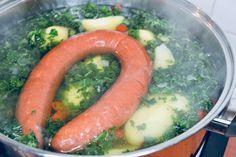 Recept: pittige boerenkoolstamppot van Lidl – La Vie Sanne Lidl, Sausage, Meat, Vegetables, Food, Sausages, Essen, Vegetable Recipes, Meals