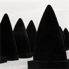 yama-bato:   Michael Kenna  Hedges and Tower /... - Journal of a Nobody