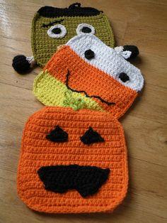 Jackie the Jack-0-lantern Pumpkin Crochet Pot Holder Trivet. $10.00, via Etsy.