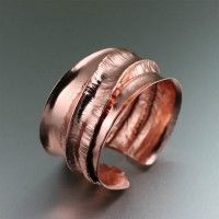 Fold Formed Copper Jewelry / Chased T Fold Formed Copper Cuff Bracelet. Dramatic and Distinctive in Style   http://www.ilovecopperjewelry.com/chased-t-fold-formed-copper-cuff-bracelet.html  $165.00