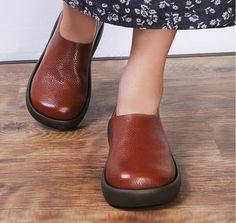 La main des chaussures plates pour femmes, chaussures occasionnelles, chaussures…