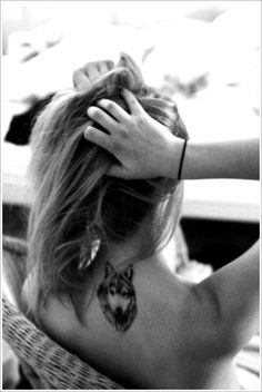 Creativity of Designing the Wolf Tattoo Designs: Small Wolf Tattoo Designs For Girl On Back ~ Tattoo Design Inspiration
