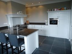 Happy Kitchen, New Kitchen, Cosy House, Home Reno, Kitchen Interior, Home Kitchens, Interior Decorating, Sweet Home, New Homes