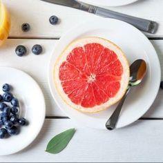 5 tipi di frutta che aiutano a far perdere peso