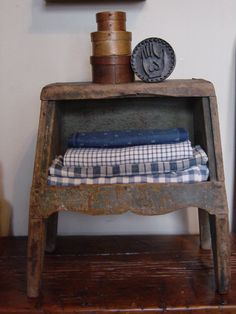 Early Primitive Antique Bench Cubby Great Old Blue Paint Square Nails    eBay  sold   445.00