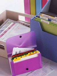 Document Retention Guide from Better Homes an Garden - how long to keep what documents and why!