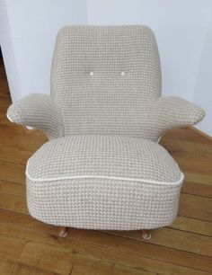 1957 Artifort Penquin chair from Theo Ruth with Bute Braemar 0102