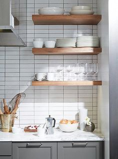 Subway tiles/marble/timber & coloured cabinets from A Peek Inside the Dream Kitchen of Bon Appetit Magazine Bon Appetit, Kitchen Shelf Inspiration, Kitchen Interior, Kitchen Decor, Kitchen Splashback Tiles, Cuisines Design, Kitchen Shelves, Küchen Design, Kitchen And Bath