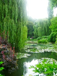 claude monet famous paintings | Giverny, France made famous by Claude Monet's paintings - Summer '09