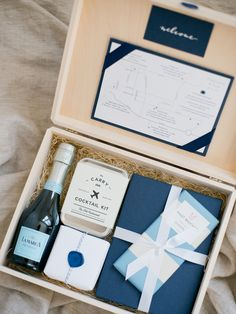 teak-and-twine-welcome-box-blue