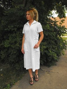 Vintage 70s White Nurse Uniform Zip Up Down Dress M L