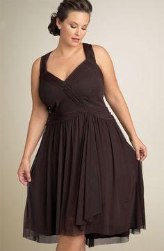 plus size model Barbara Brickner - vestidos para gordinhas  ----------------------------------------- http://www.vestidosonline.com.br/modelos-de-vestidos/vestidos-gordinhas
